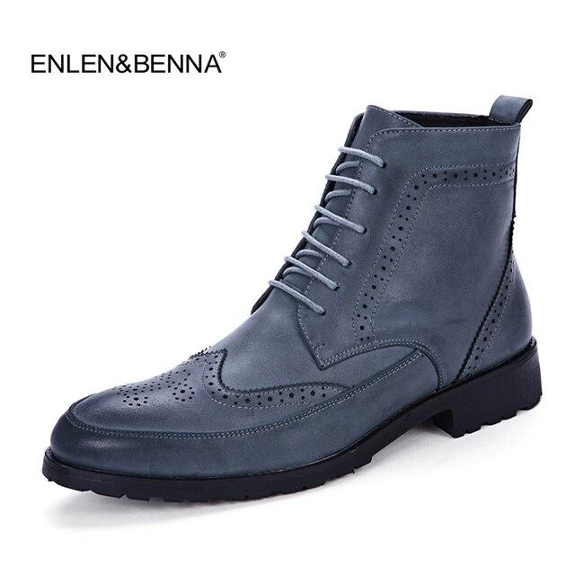 2017 Ilkbahar/Kış erkek Chelsea Çizme, İngiliz Tarzı Moda Ayak Bileği Çizmeler, Siyah/Kahverengi Brogues Yumuşak deri Rahat Ayakkabılar Martin