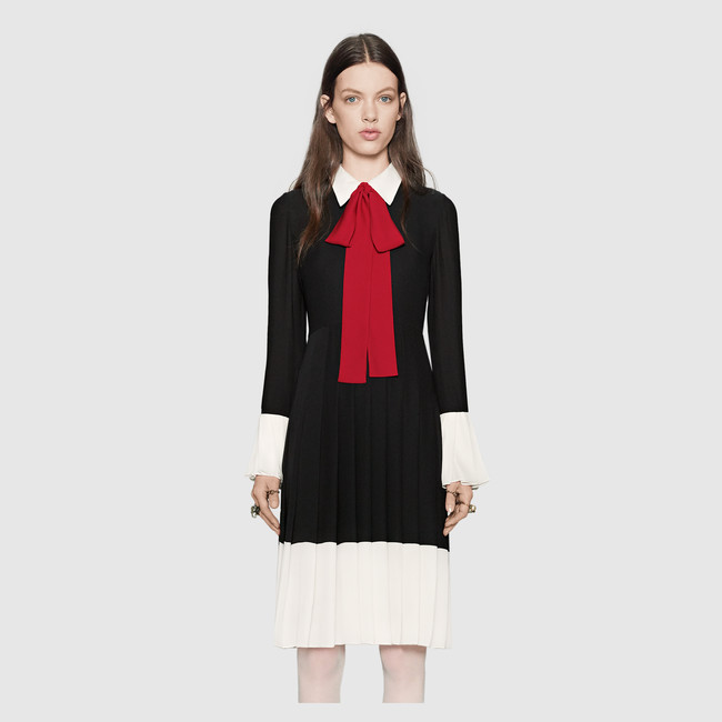 womens elegant colorblock dress with an exaggerated bow detail pleated cuffs dress - Color Block Vetement