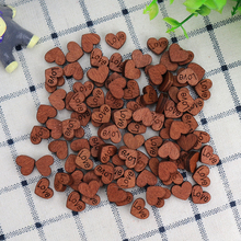 Cheap 100Pcs Wooden Heart With Love DIY Craft Retro Heart Slices For Handmade Accessories Wedding Party Favor Baby Shower Decor