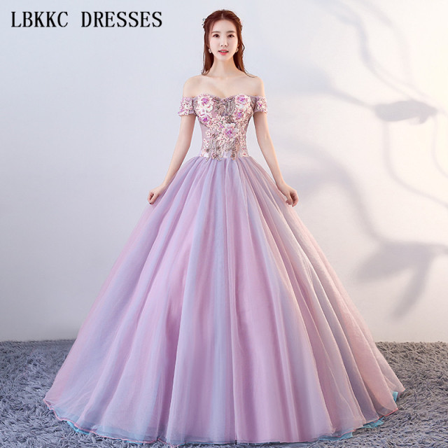 0bc0e8fb3988 Off The Shoulder Quinceanera Dresses Light Purple Ball Gown Appliques Bead  Sweet 16 Dresses Vestidos De 15 Anos Quinceanera 2018