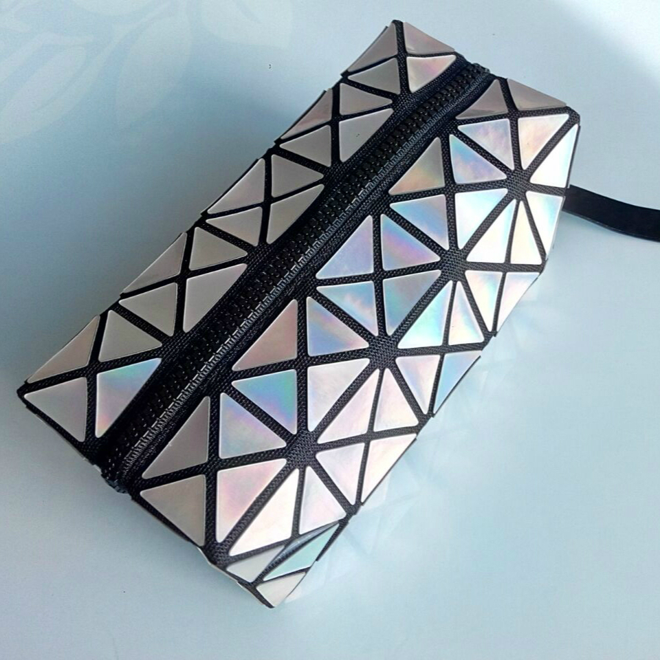 Fashion women geometric rhombus lattice folding cosmetic bag japan style new woman triangle splicing square mosaic laser clutch sa212 saddle bag motorcycle side bag helmet bag free shippingkorea japan e ems