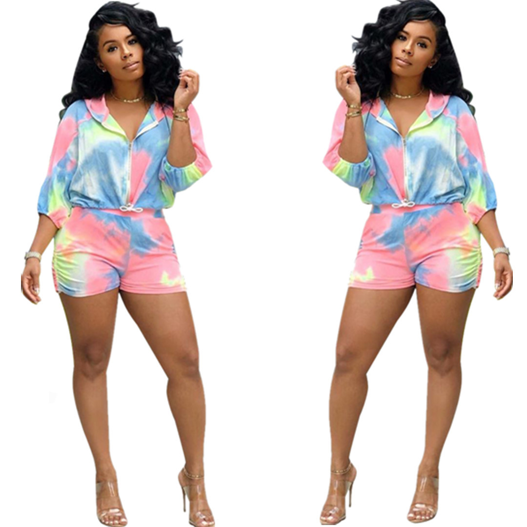 2019 New Summer Tie Dye Galaxy Print Three Quarters Sleeve Hood Trench Shorts Two Piece Suit Set Tracksuit Outfit