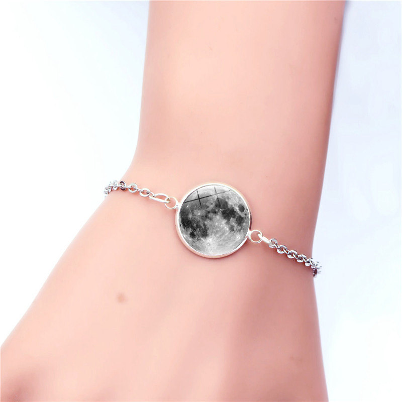 Fashion Bracelets Glow In The Dark Moon Charm Bracelet For Women 2