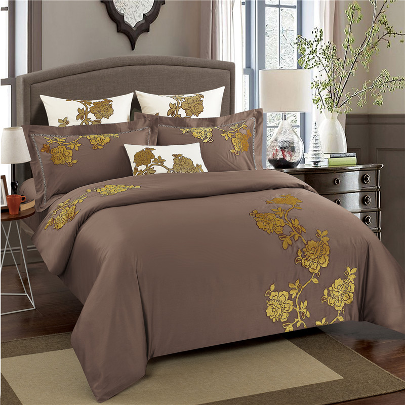 Coffee Brown Egyptian Cotton Bed set Oriental Luxury Embroidery Bedding set Queen King size Duvet cover Bed sheet set PillowcaseCoffee Brown Egyptian Cotton Bed set Oriental Luxury Embroidery Bedding set Queen King size Duvet cover Bed sheet set Pillowcase