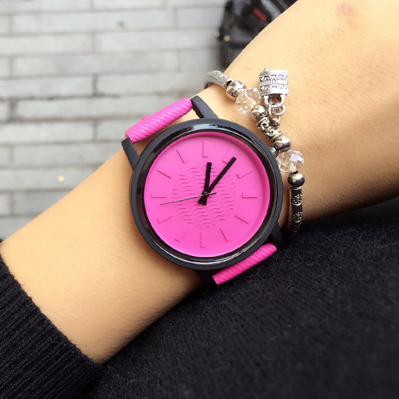 New Fashion Simple Numeral Quartz Watches Women 2017 Top Brand Luxury Wrist Watch Casual Men Watch Female Clock Relogio Feminino 2017 luxury brand fashion personality quartz waterproof silicone band for men and women wrist watch hot clock relogio feminino