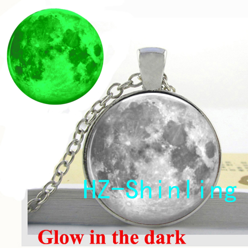 GL 00453 Glowing Jewelry Full Moon Necklace Full Moon Pendant Glass Cabochon Jewelry Glow in The