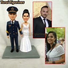 Custom Bobbleheads wedding cake topper Bride & Groom Customized dancing Wedding Cake Topper by Turui Figurines mini statue