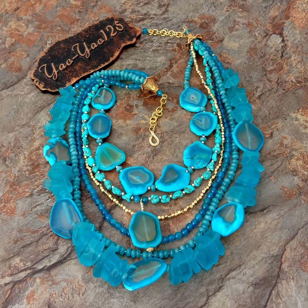 Collier en cristal de pierre de pierres précieuses bleues de 23