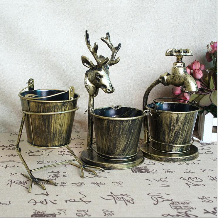 Vintage wrought iron bird deer head faucet chicken claw shape bar photography props ornaments metal ashtray