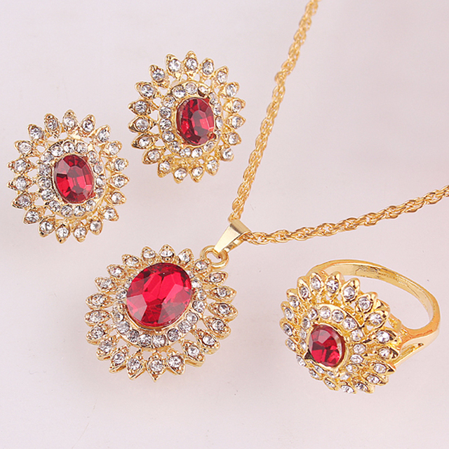 18k Gold Plated  Women Austrian Crystal Sunflower Pendant Necklace Earring Ring Jewelry Set