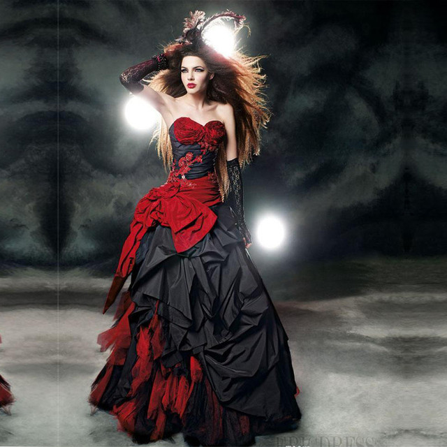 Gothic Wedding Dress.Us 199 0 2019 Sexy Red And Black Gothic Wedding Dresses Strapless Taffeta Bow Beading Applique Lace Vintage Wedding Gowns Robe De Mariage In Wedding