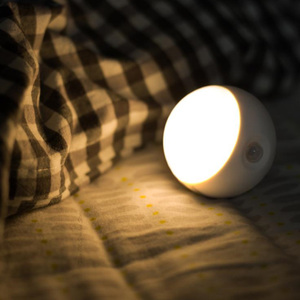Image 4 - Youpin 스마트 센서 야간 조명 적외선 유도 USB 충전 이동식 야간 램프 홈