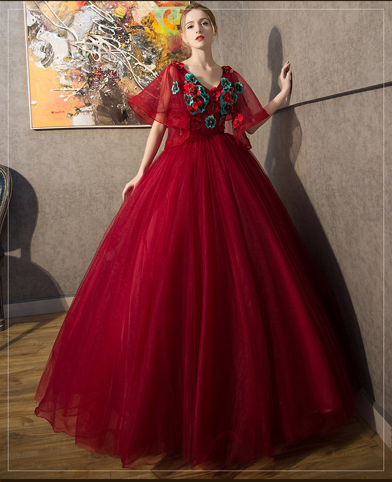 ⑦wine red butterfly sleeve embroidery ball gown Medieval ...