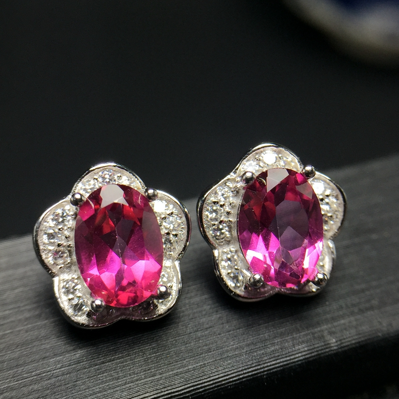 Popular style eardrop Hongkong new product 925 Silver Natural Topaz ear nail is simple and beautiful.Popular style eardrop Hongkong new product 925 Silver Natural Topaz ear nail is simple and beautiful.