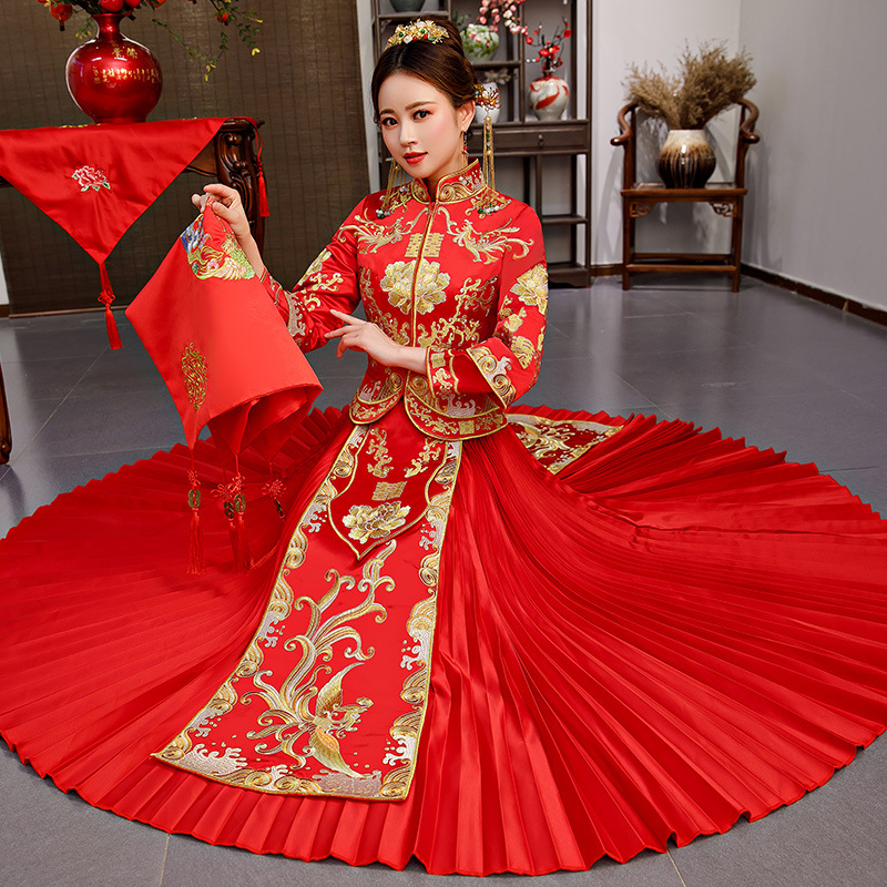 Traditional Chinese Wedding Gown Dress Women Cheongsam Embroidery Dragon Phoenix Qipao Oriental Party Dresses Red Qi Pao