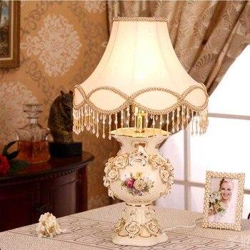 Lámpara de lujo de Europa, lámpara de mesa decorativa de cerámica clásica...