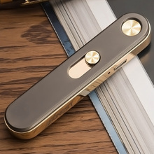 Neuartigen Ultra dünne Metall Puls Elektronische Zigarettenanzünder USB Winddicht Wiederaufladbare Flammenlose Arc Leichter Gadgets für Männer Frauen