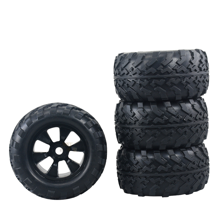 цена на Free shipping 2pcs or 4pcs Tyrant 1/8 Bigfoot tire tyrant Wear-resisting high quality original tires 17mm adapter for Rc car
