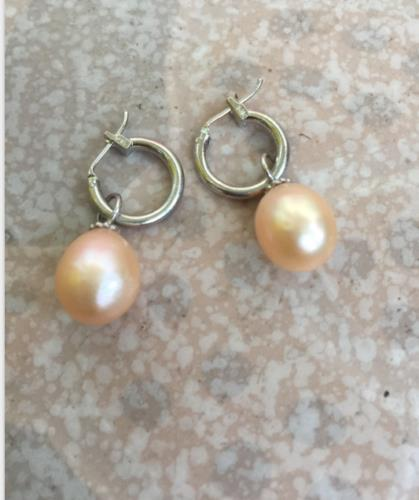 a pair of 11-12mm south sea baroque gold pink pearl earring 14K/20 white golda pair of 11-12mm south sea baroque gold pink pearl earring 14K/20 white gold