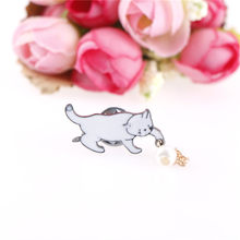 New Fashion Jewelry Bijoux Brooch Wholesale Women Accessories Alloy Cute Little White Imitation Pearl Cat Brooch Pins Chic(China)