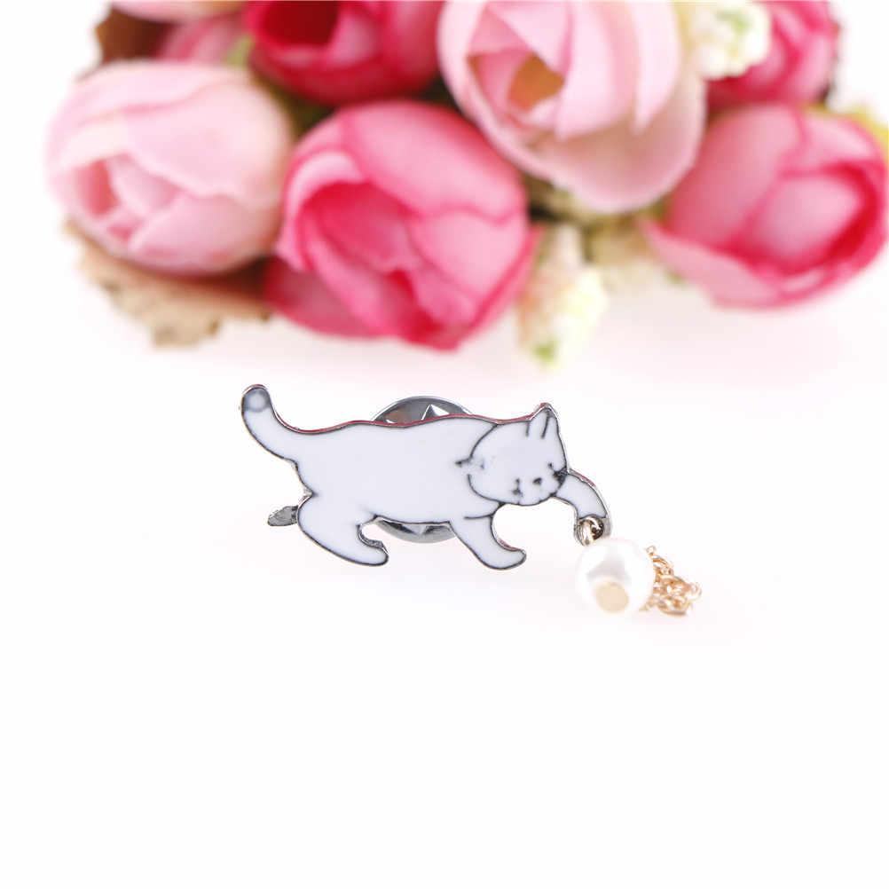 New Fashion Perhiasan Bijoux Aksesoris Wanita Paduan Bros Grosir Kecil yang Lucu Putih Imitasi Pearl Cat Bros Pin Chic