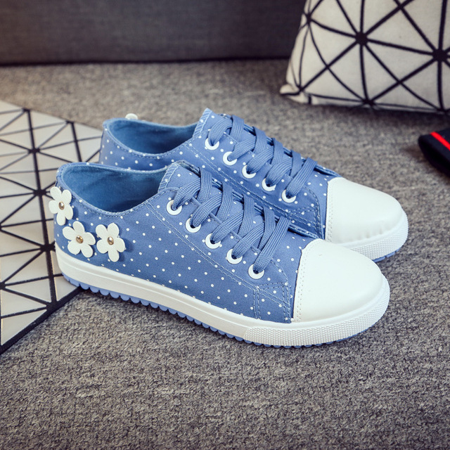 2016 New Low Single Shoes Female Korean Tidal Flat Shoes Leisure With Dot Students Women Casual Shoes Women Flats