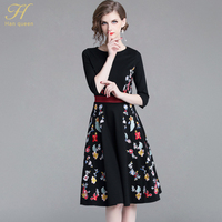 H Han Queen New Europe 2018 Autumn Casual Black Embroidered Dress Elegant V Neck Runway Vintage Female Slim Party Dresses