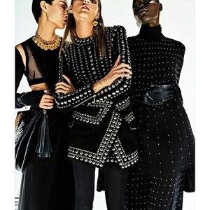 Image 1 - 최신 패션 2020 가을 겨울 바로크 디자이너 런웨이 드레스 여성 긴 소매 금속 공 페르시 리벳 스트레치 드레스