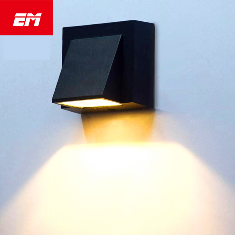 Outdoor Wall Lamp 5W LED Wall Sconce Lamp Fixture Waterproof Building Exterior Gate Balcony Garden Yard Led wall light ZBD0099