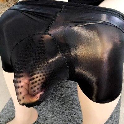 2019 Homens Sexy Óleo Brilhante Sólida U Bolsa Convexo Cuecas Boxers Boxer Desgaste Gay ultra-fino de silicone massagem tablets roupa interior dos homens