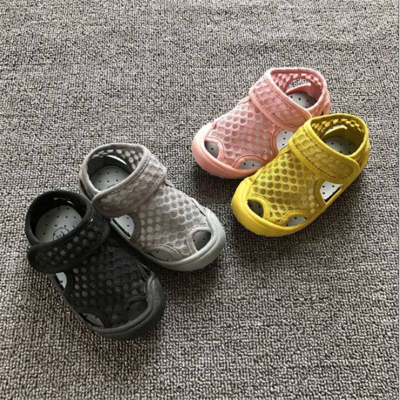 Summer Fashion Kids Shoes Mesh Breathable Shoes For Boys Girls Children Sneakers Baby Boy Girl Hollow Waterproof Sandals