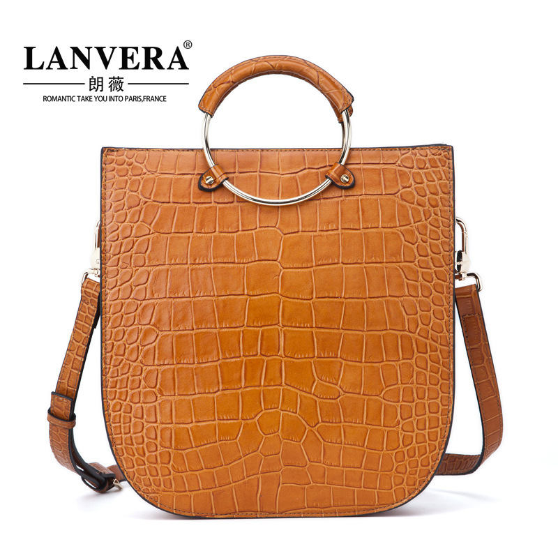 In the autumn of 2017 new handbag leather tote bag Crossbody Bag small crocodile mobile agent on behalf of the consignor high waist jeans hot sale in the autumn of 2016 new straight legged beggar pants denim nine agent on behalf of a female taobao