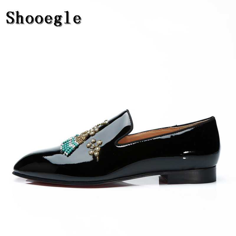 SHOOEGLE Newest Men Luxury Patent Leather Loafers Flats String Bead Embellished Wedding Shoes Diamonds Floral Party Dress Shoes tiny rose embellished floral rhinestone barrette