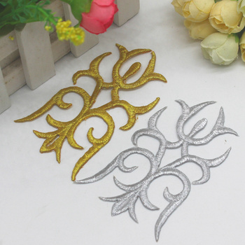 Iron On Embroidery Patches 5 Pieces/Lot 3D Gold Metallic Appliqued Shield Budge Costume Venise Appliqued 6*10.5cm image