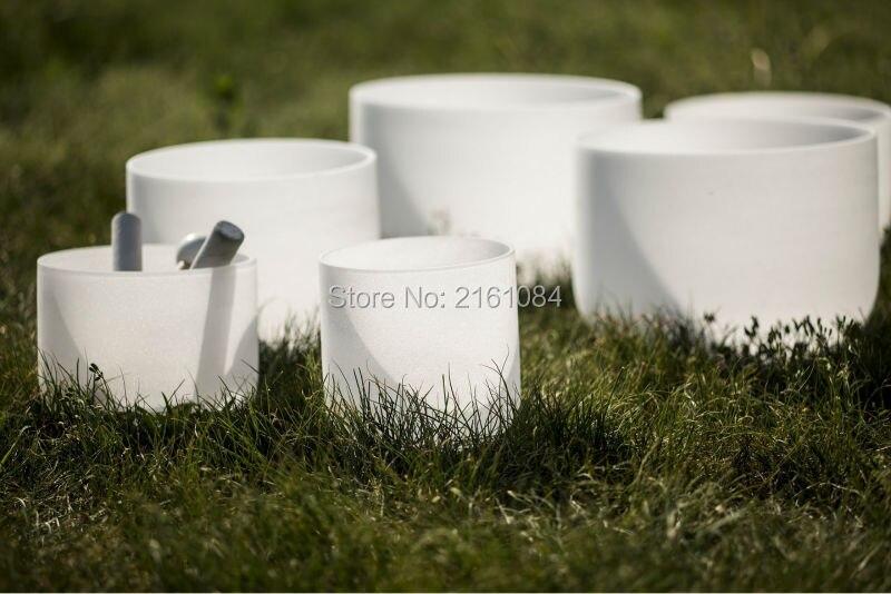 432 Гц 6 '' 12'' чакра настроенный Набор из 7 матовых кристаллов Поющая чаша с бесплатным замшевым и уплотнительным кольцом