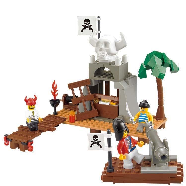 Models building toy 0278 Pirate Skeleton Regiment Pirate Treasure Weapons Assembling 142Pcs Building Blocks