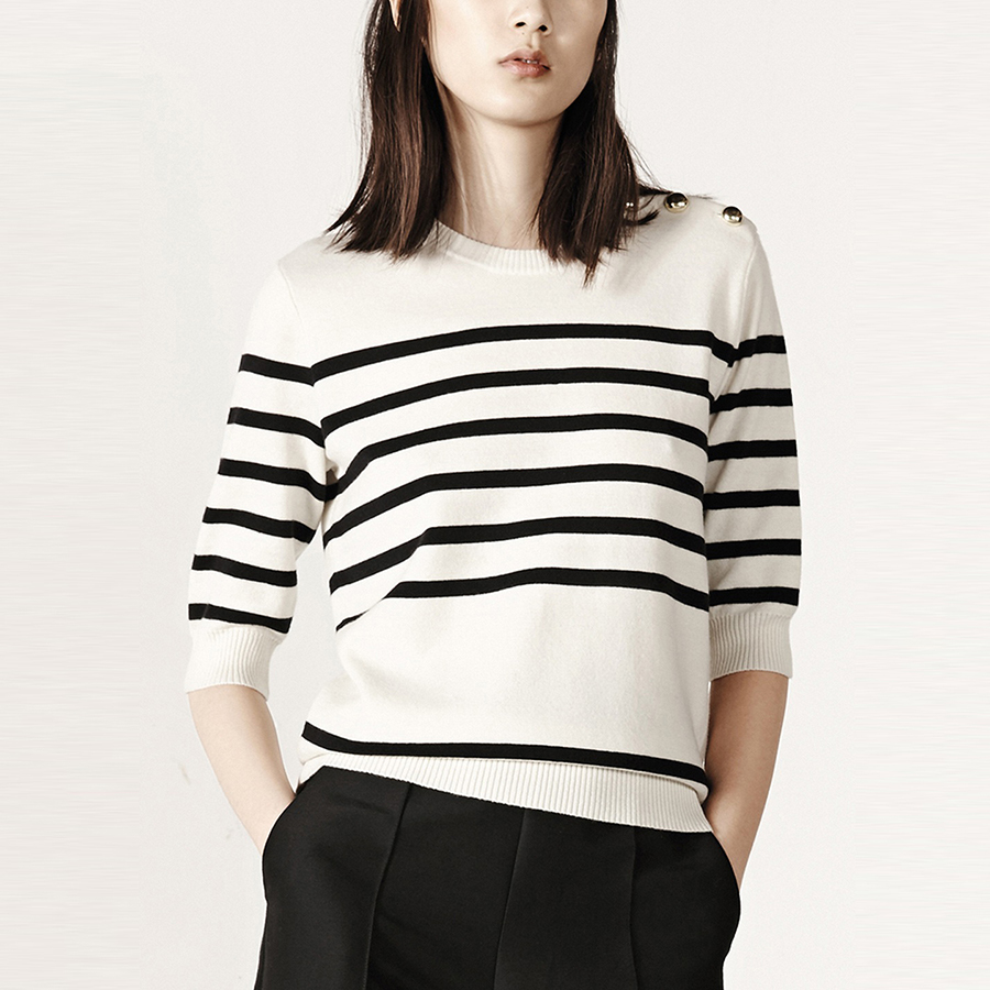 Half Sleeve o-Neck Sweater Women Plus Size Striped Black And White Sweater Christmas Korea Jumpers Autumn Pull Femme P6C1046