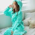 20 Цвета Плюшевый халат взрослых женщин с капюшоном пижамы с длинным рукавом прекрасный оборками пижамы банный халат платья в шляпе Фланель