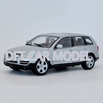 1:18 Alloy Pull Back Toy Touareg Car Model Of Children's Toy Cars Original Authorized Authentic Kids Toys