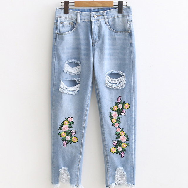 f997fa1bcc 2017 Knee Hole BF Ripped Jeans Women Stretch Denim Pants Casual Slim Fit  Rivet Pearl Jeans