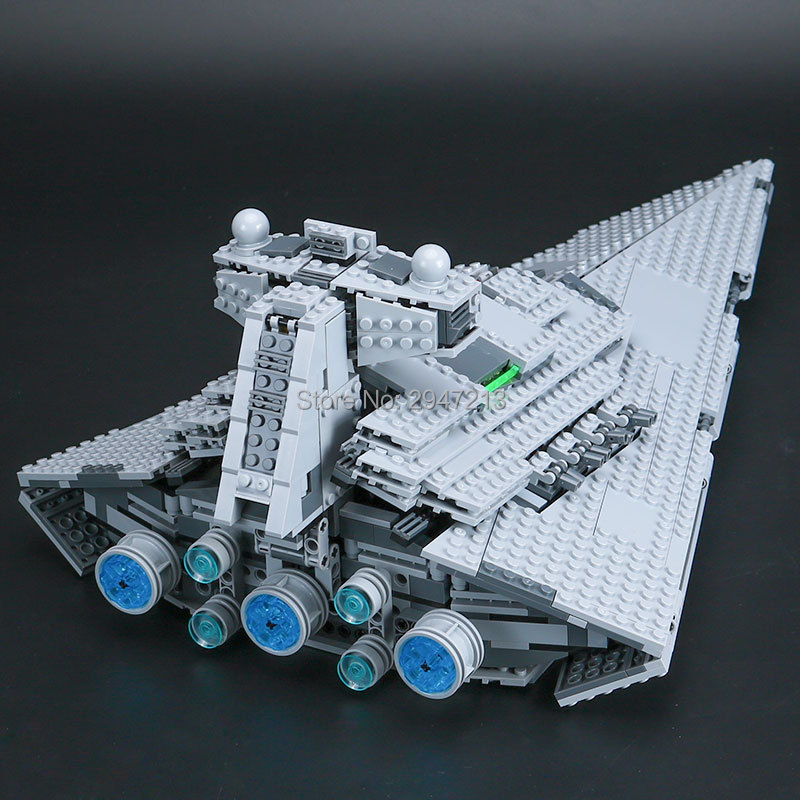 hot compatible LegoINGlys Star Wars series Building Blocks imperial war super star destroyer mini Darth Vader figures brick toys hot compatible legoinglys star wars series building blocks imperial shuttle warships with figures brick toys for children gift
