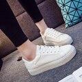 Лето Выдалбливают Кожа Холст Обувь Женская Обувь Для Студентов Корея Версия Повседневная Обувь с толстым дном Кружева-Вверх белые Туфли
