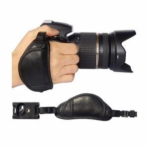 Image 2 - หนังแท้สายคล้องมือกล้องจับสำหรับSony Olympus Panasonic DSLRอุปกรณ์กล้องมืออาชีพ