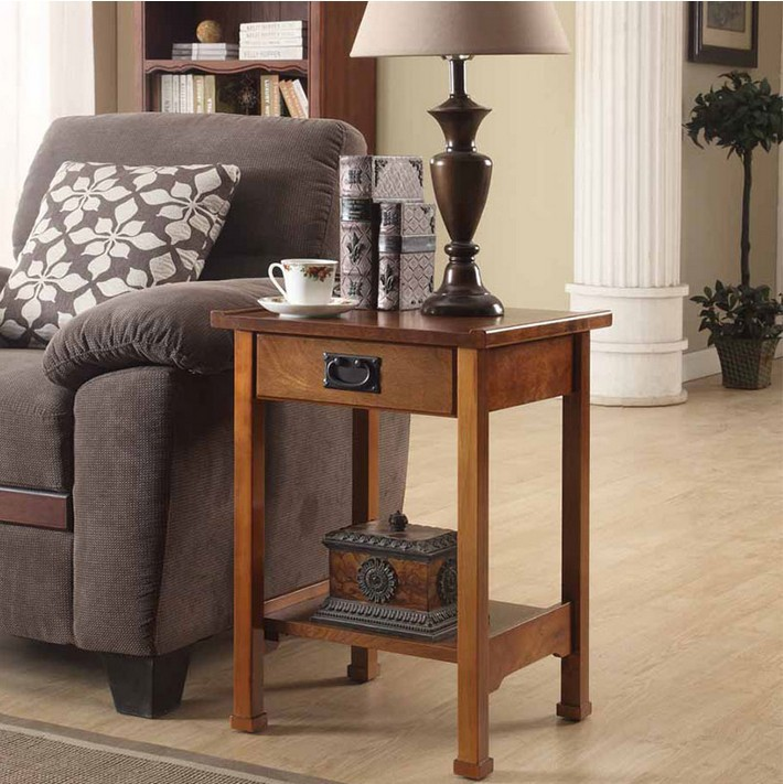 Americana minimalista lado unos pocos peque a mesa de caf for Mesa esquinera madera