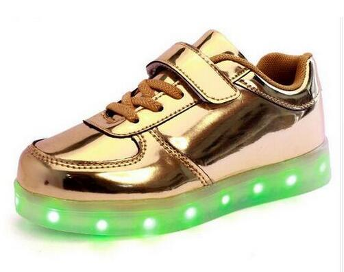 2017 new LED light shoes boy / girl USB charger light child shoes shoemaking Long square light sports shoes casual shoes