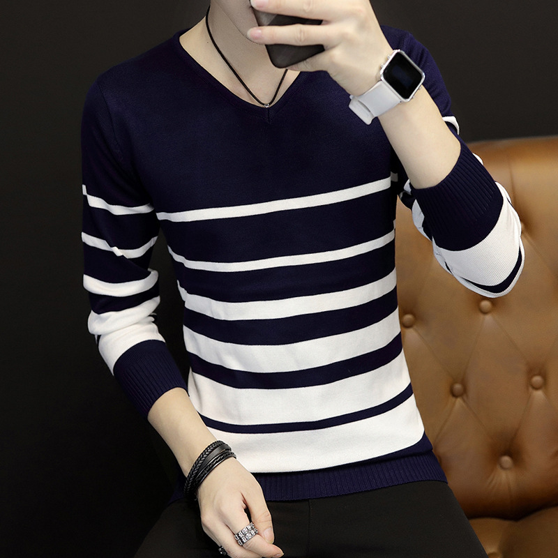 In 2018, the new Male head set new v-neck sweater Spring stripe fashionable recreational sweater