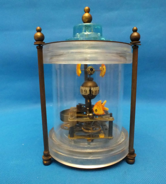 Décorations d'horloge de Table mécanique en laiton Rare/1