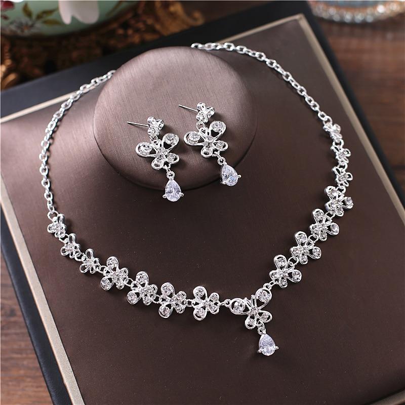 Alexzendra New Wedding Jewelry Butterfly Shape Unique Design Bridal Necklace Luxury Crystal Rhinestones Jewelry for Women