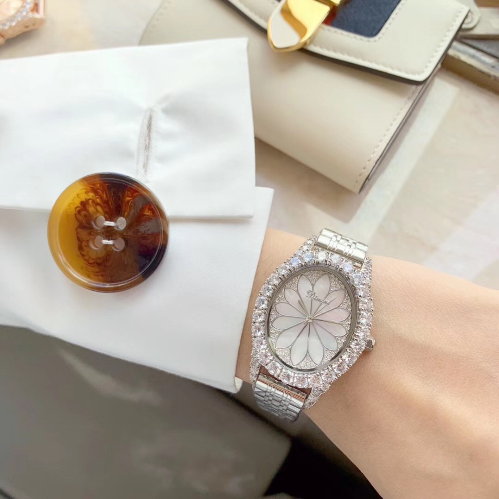 Brand New Women Elegant Shell Lotus Watches Luxury Crystals Jewelry