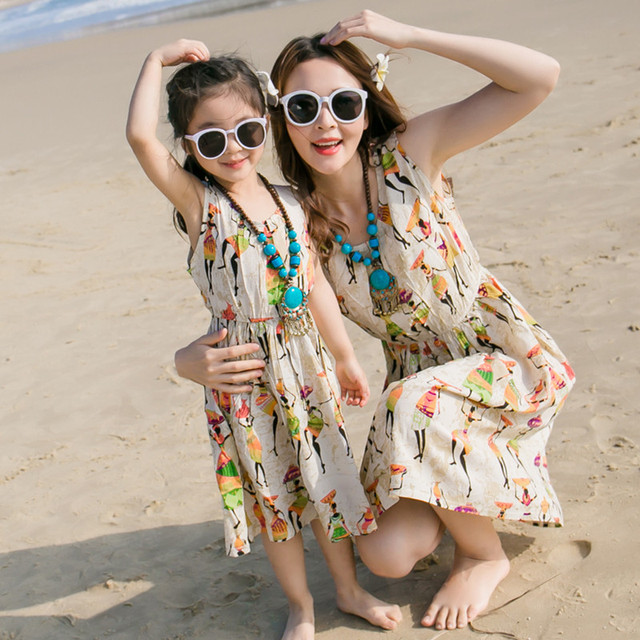 81591de5168 2019 New Stylish Mother Daughter Dresses Clothes Holiday Dress for Mum and  Kids Seaside Family Girls Clothing